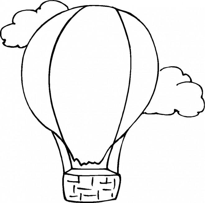 Coloriage et dessins gratuits Paysage de Montgolfière dans le ciel à imprimer