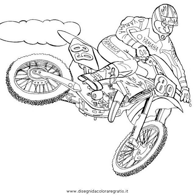 Coloriage et dessins gratuits Motocross Yamaha en plein air à imprimer