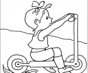 Coloriage La Fille s'amuse avec sa Trottinette