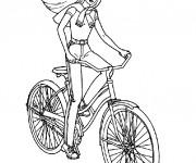 Coloriage La fille fait du Vélo Disney