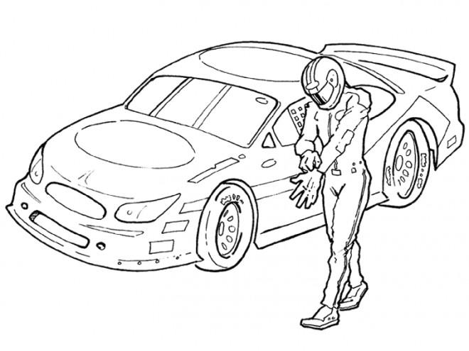 Coloriage et dessins gratuits Pilote devant voiture de course à imprimer