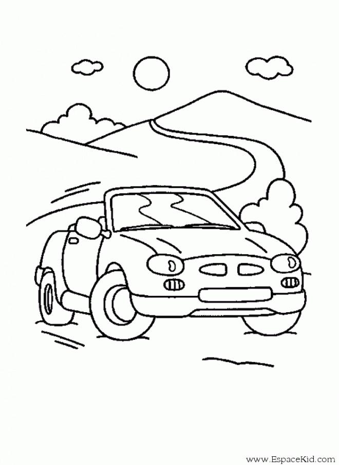 Coloriage et dessins gratuits Voiture décapotable sur la route à imprimer